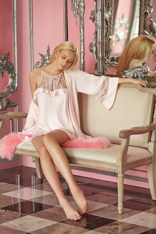 SATIN NIGHTWEAR SET SATIN ROBE