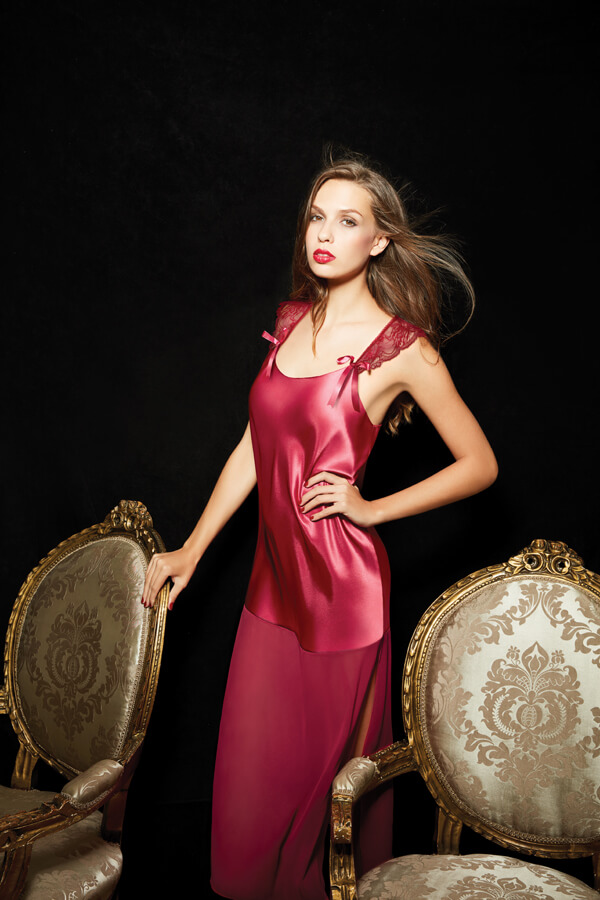 SATIN MAXI NIGHTWEAR